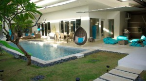 254 000 Euros – Villa 4 chambres à Seminyak (Ref: SEMICO2)