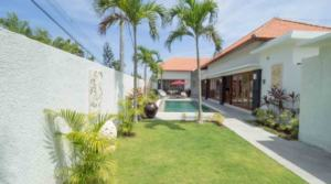 For Rent Bali Villa Santoza (3 bedrooms)